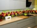 Szkło z grafiką. Kolorowe tulipany.
